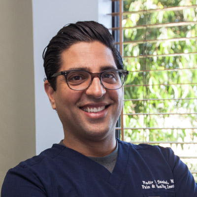 Headshot of Dr. Samimi for the Homepage of Pain and Healing Institute of Los Angeles